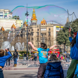 FUN-AT-THE-PLAZA-DE-CATALUNYA-by-Jackie-Sellers